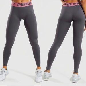 Gymshark | Charcoal Dusky Pink Fit Leggings